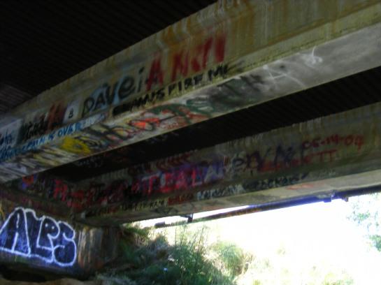 Underneath the bridge - Inspire me.